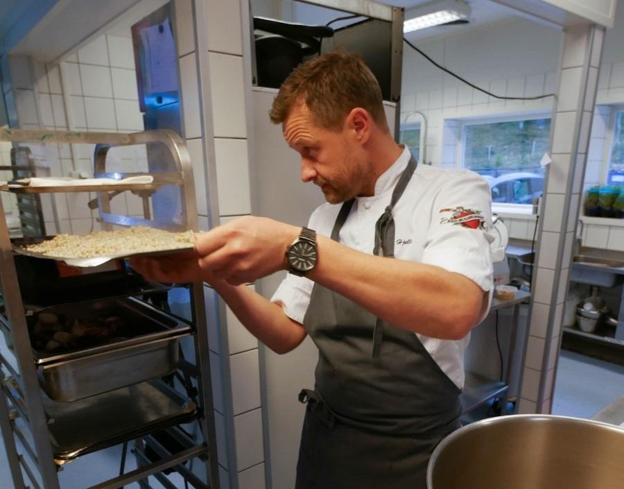 Mesterkokk Øyvind Hjelle har laget menyen